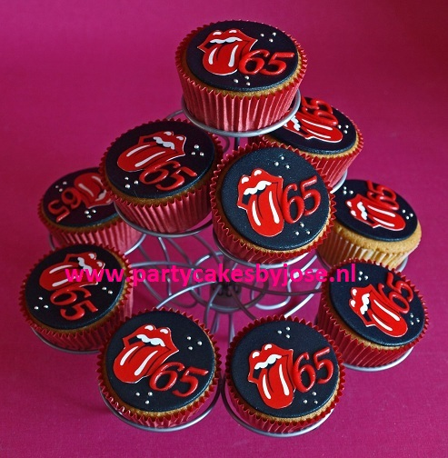 rolling stones cupcakes